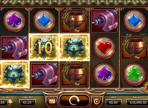 Призовая комбинация на линии в игровом автомате Monkey King